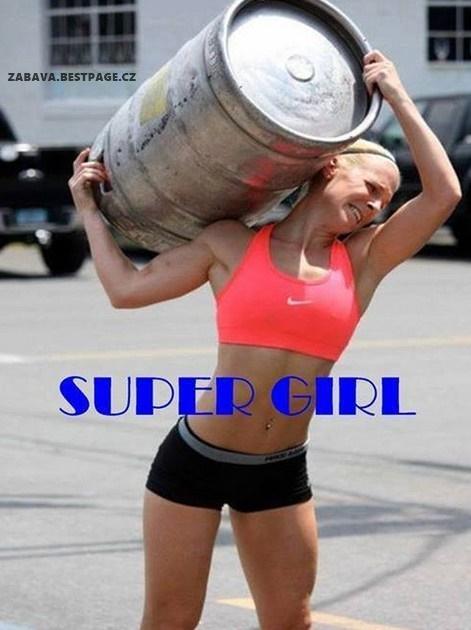 Super ženská, kterou každý muž musí milovat
